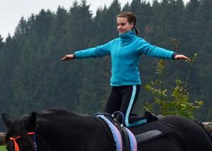 Knien_auf_Pferd